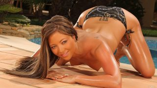After rubbing on the tanning.. 21sextury.com – gonzoporn.cc