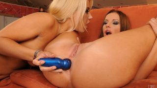 Nikky and Debbie play together 21sextreme.com – gonzoporn.cc