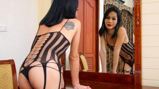 Hot Noi Cums In Her Hand! Ladyboyladyboy.com – gonzoporn.cc